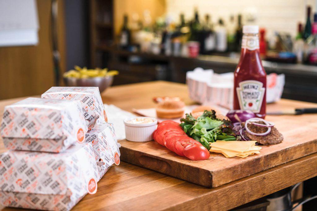 Lounasravintola Ravintola Raitti tarjoilee lounaaksi herkulliset Rollsin salaatit ja ateriat